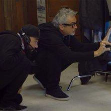 Roma: La genesi del film - Alfonso Cuaròn in un'immagine del documentario