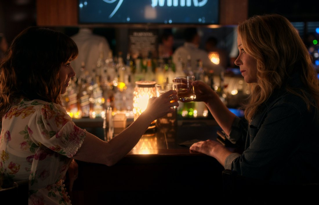 Dead To Me  Season 2  Between You And Me  1682947  00 18 33 22  1115051 Rc