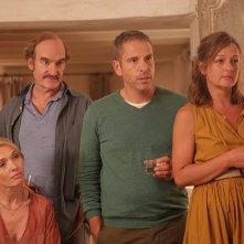 Lasciatelo dire: Anne Marivin, Michel Vuillermoz, Anne Girouard, Medi Sadoun in una scena del film
