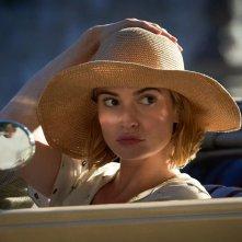 Rebecca: la protagonista Lily James