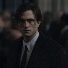 The Batman, Robert Pattinson è Bruce Wayne in una delle prime immagini del film