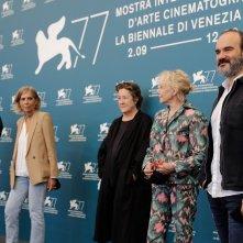 Venezia 2020: uno scatto della giuria di Orizzonti
