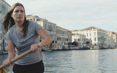 Molecole, la recensione: il film di pre-apertura di Venezia 77 racconta la città ai tempi del lockdown