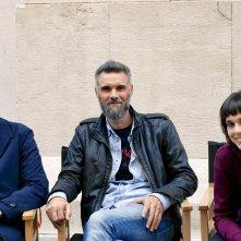 Non odiare: il regista Mauro Mancini, con Alessandro Gassmann e Sara Serraiocco sul set
