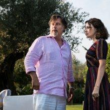 I Predatori: Dario Cassini e Anita Caprioli in una scena del film