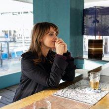 Petra: Paola Cortellesi in una scena del primo episodio della serie Sky