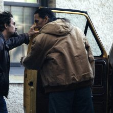 I Know this Much is True: Michael Greyeyes e Mark Ruffalo in una scena