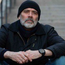 The Postcard Killings: Jeffrey Dean Morgan in una sequenza