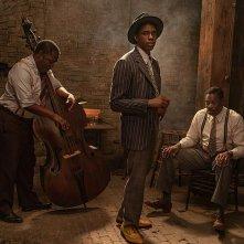 Ma Rainey's Black Bottom: una foto di Chadwick Boseman con la band