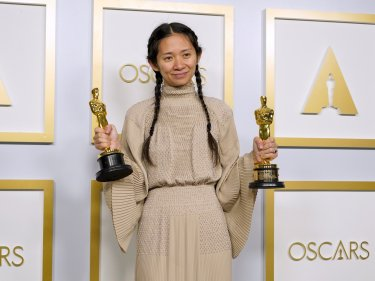 Chloe Zhao Oscar Nomadland