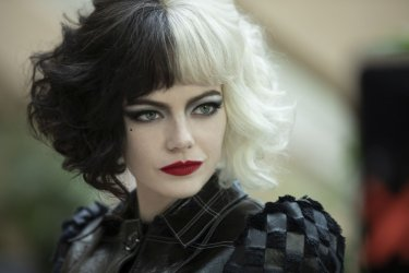 Crudelia Emma Stone 31